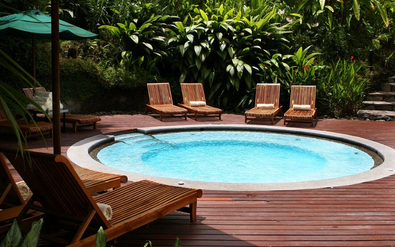 33 Plunge Pool Design Ideas - Pool Cleaning HQ